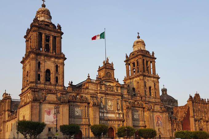 Мехико, Национальный Дворец
