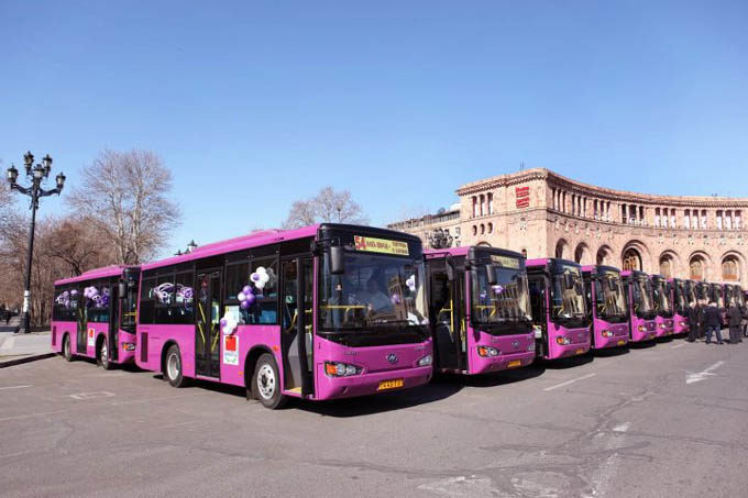 Общественный транспорт в Армении