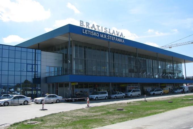 Дешевые авиабилеты в Братиславу