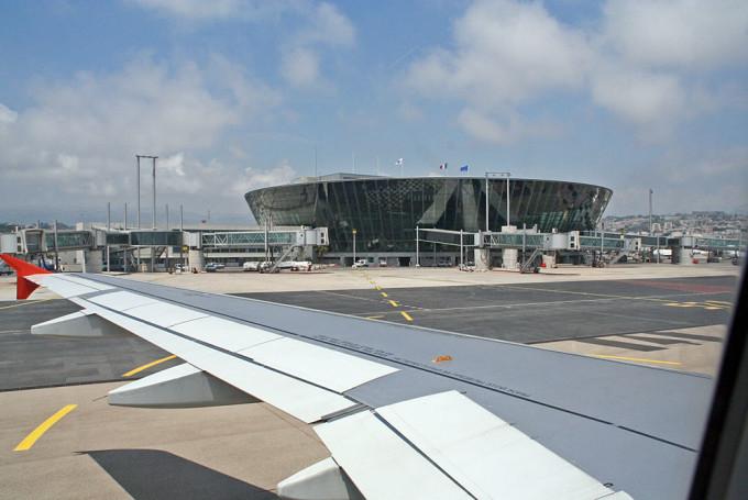 Дешевые авиабилеты в Ниццу