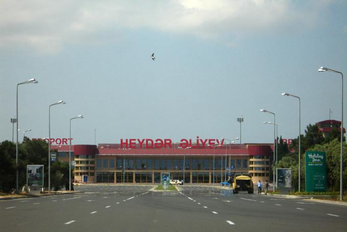 Дешевые авиабилеты в Азербайджан