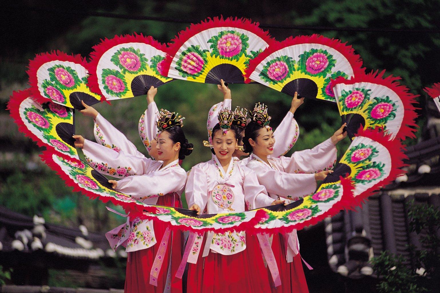 Южная Корея, танец