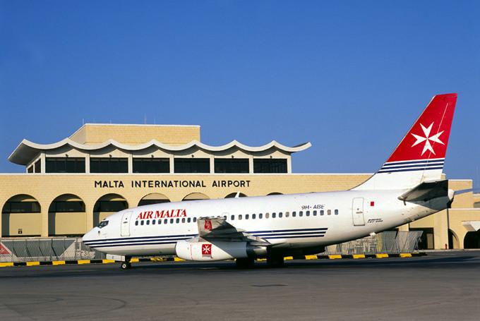 Международный-аэропорт-Мальты