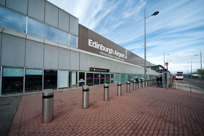 Дешевые авиабилеты в Эдинбург