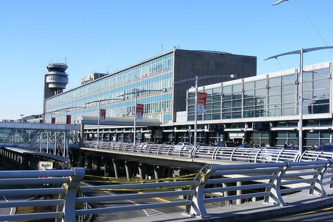 Дешевые авиабилеты в Монреаль