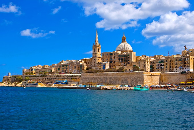Сколько лететь на Мальту из Москвы и Киева