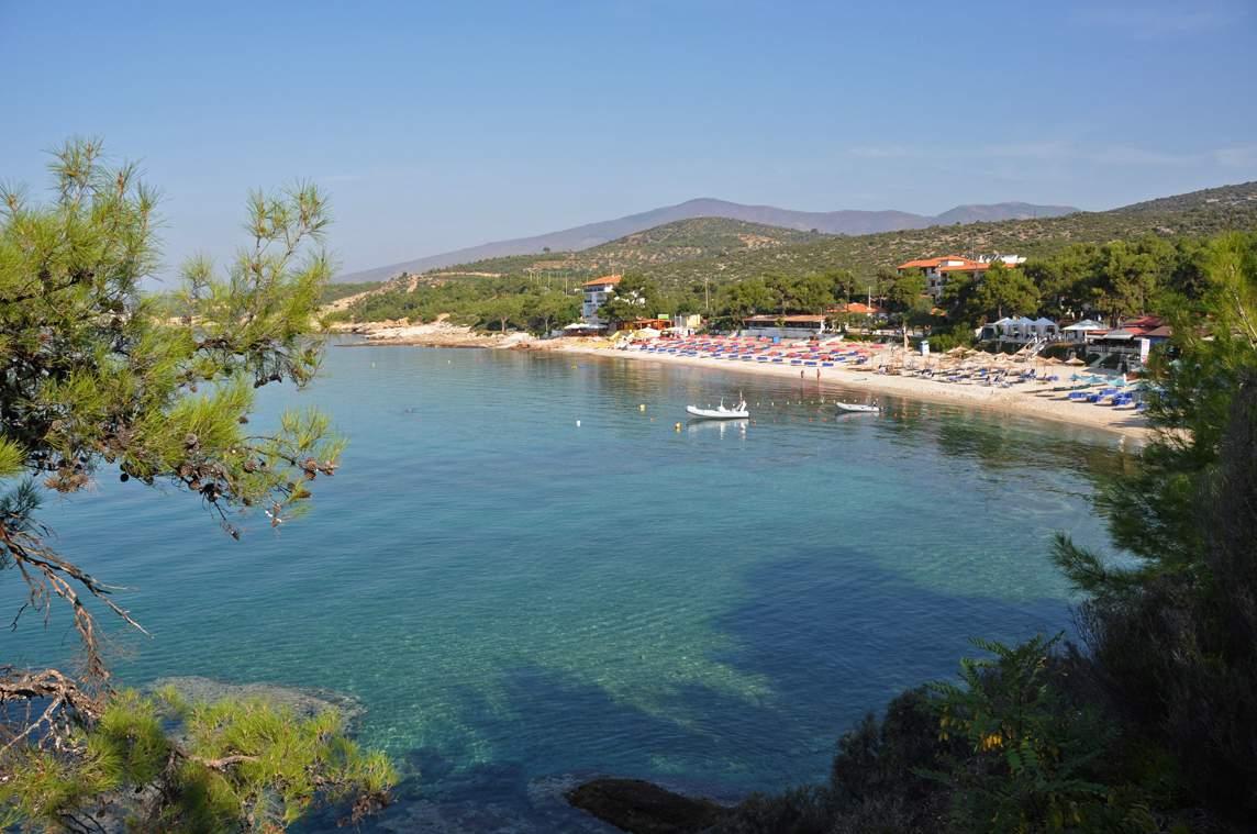Пляж Певкари, Тасос
