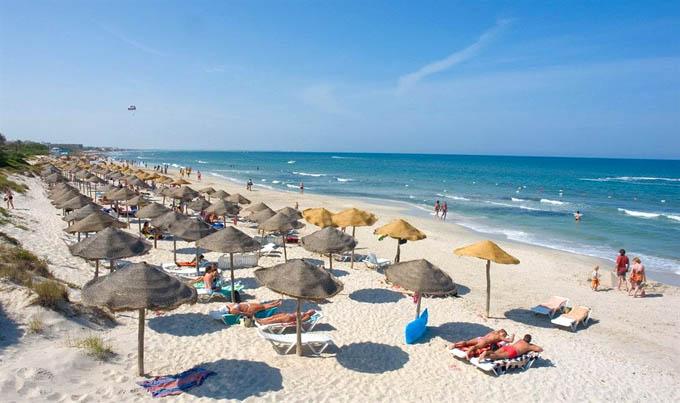 Махдия, пляж